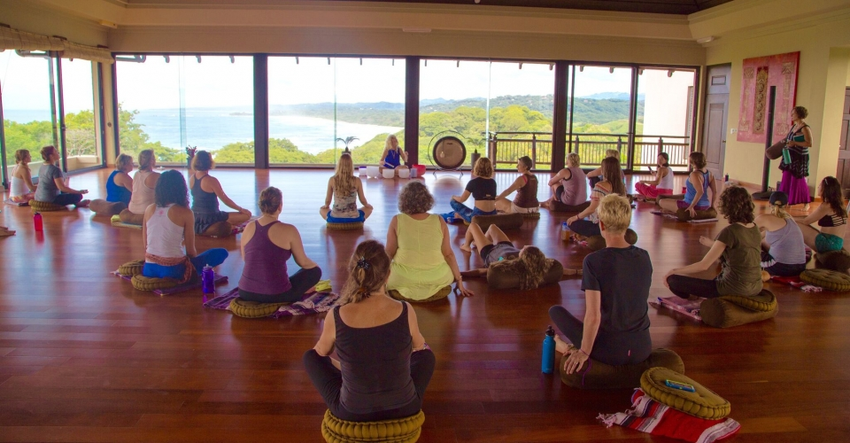 Sound meditation class in Costa Rica with One Yoga Global