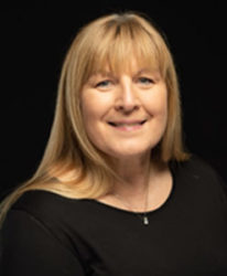 Photo of Laura Owens